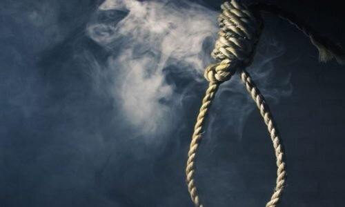 Iran two prisoners sent to solitary confinement for execution