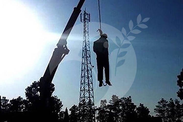 Iran-Prisoner-hanged-public