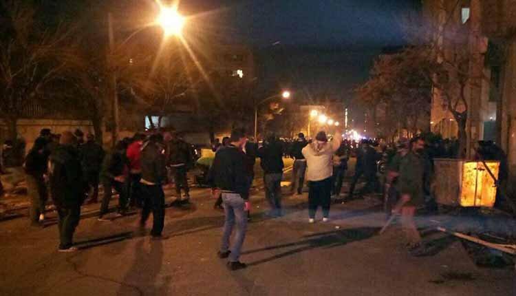Dervish Gonabadi protesters