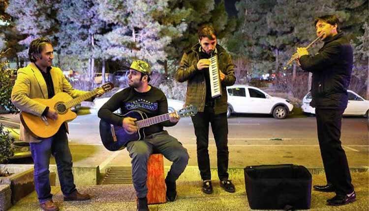 Iranian street musicians